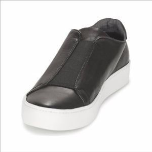 Edgy Vagabond Leather Slip-On Perfect Fall Sneaker